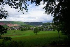 Blick von der Ruhebank am Rundwanderweg Nr. 3 auf  Taben-Rodt (1.5.2020)
